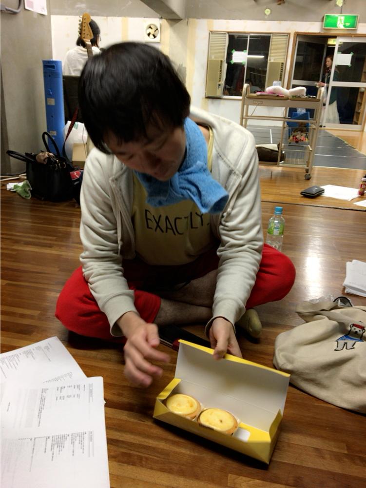 藤本です。チーズケーキです。【1999の恋人稽古場日51】